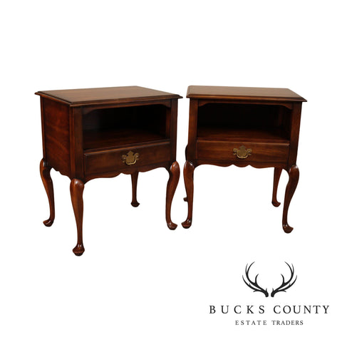 Statton Vintage Pair of Cherry Queen Anne One Drawer Nightstands