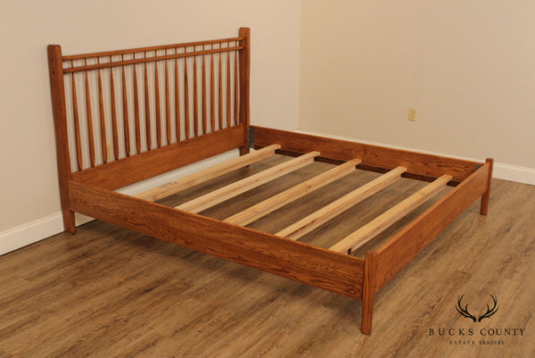 Hunt Country Furniture Oak King Size Spindle Back Bed