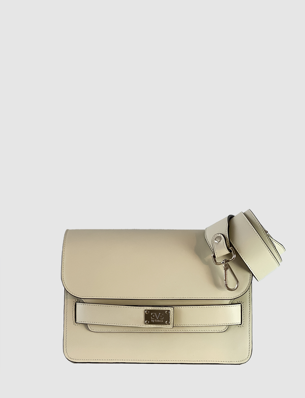 leather shoulderbag in white