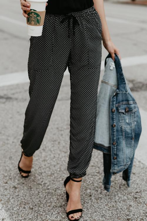 Dreamfitting Drawstring Mid Waist Dots Black Pants