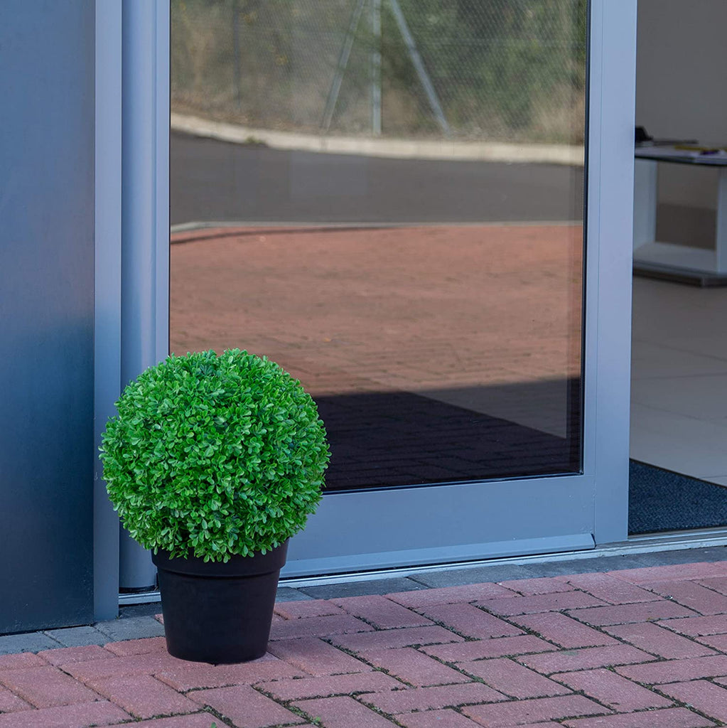 Artificial Topiary Boxwood Ball – Potted