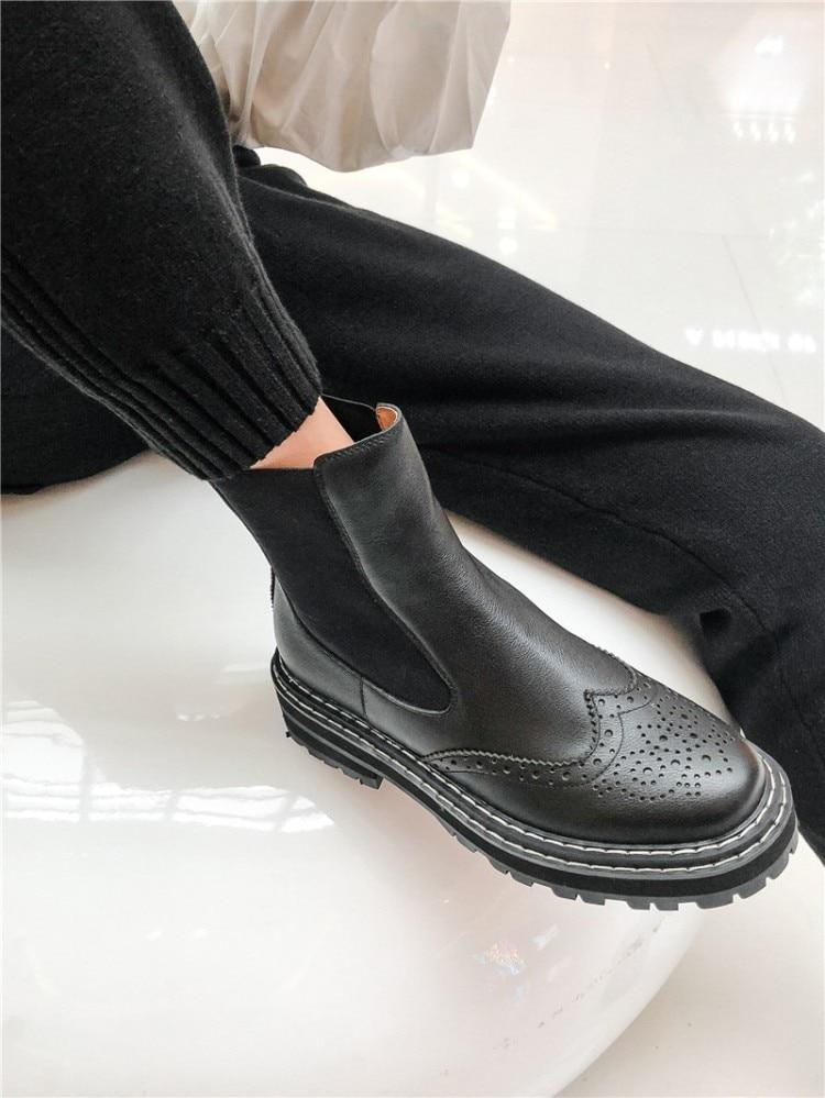 Leather Wingtip Brogue Chelsea Boots-Hoyden