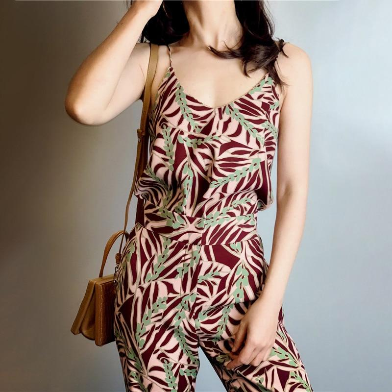 Retro Floral Cami Tank + Flare Leg Pants Two Piece Set-Hoyden