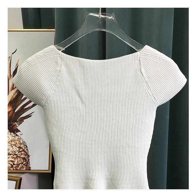 Ribbed-Knit Short Cut-out Sweetheart Short Sleeve Top-Hoyden