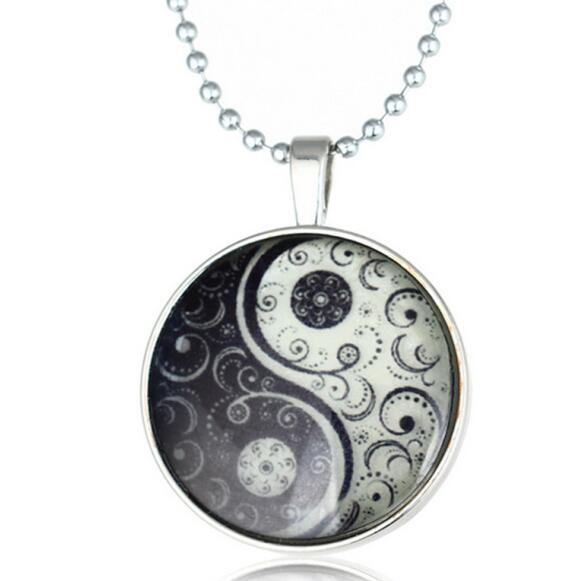 Glowing Necklaces Yin Yang - Glowsery