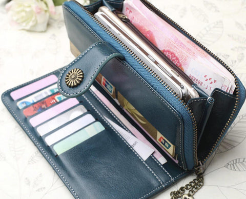 products/leather-clutch-accessory.jpg