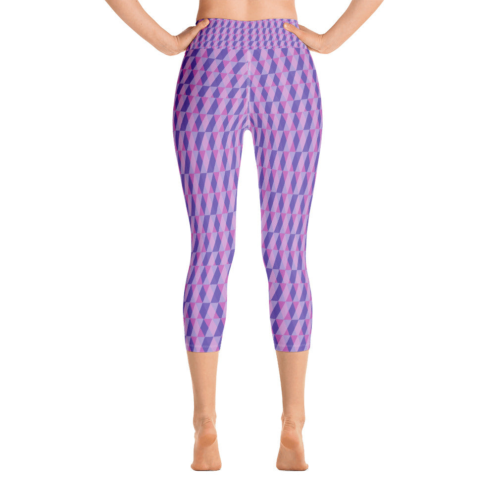 Abstract Triangle Yoga Capri Leggings (Lavender)