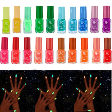 Glowing Nails - Glow In The Dark Nail Polish