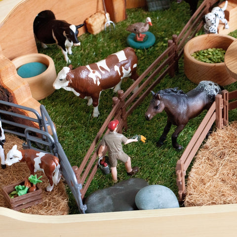 Small World Farm Play