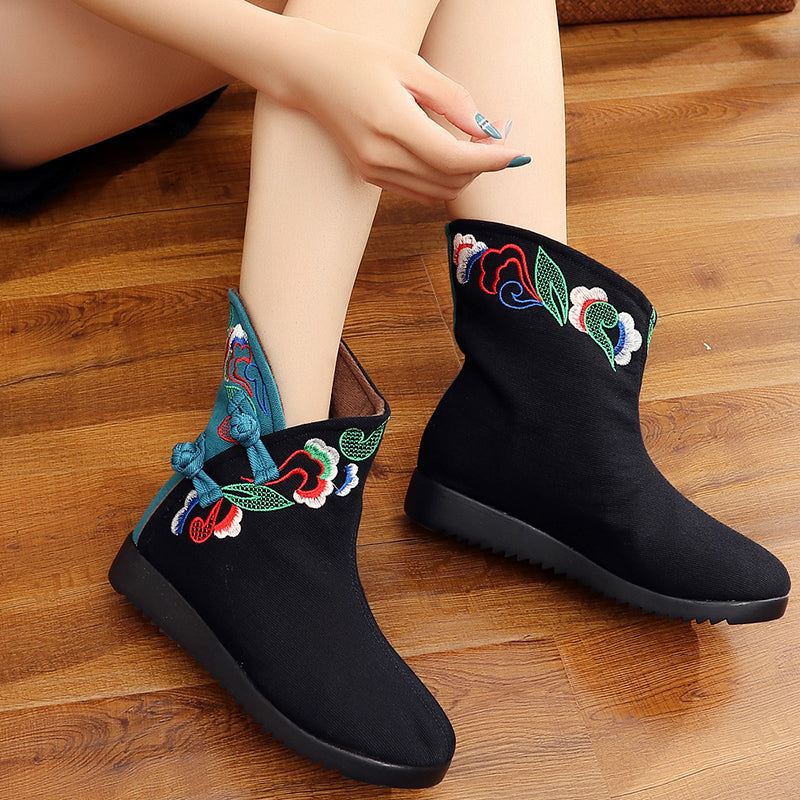 a6f88bae29dd National Embroidery Boots  National Embroidery Boots ...