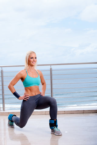 Lisa Raleigh reverse lunge with ankle weights
