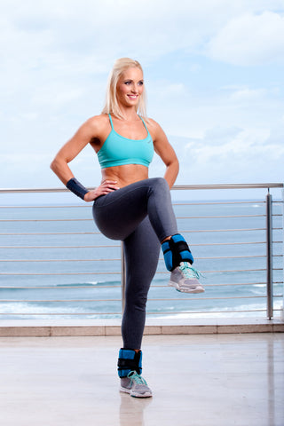 Lisa Raleigh reverse lunge with ankle weights 2