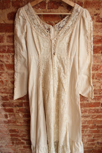 Cream Lace Gunne Sax Dress