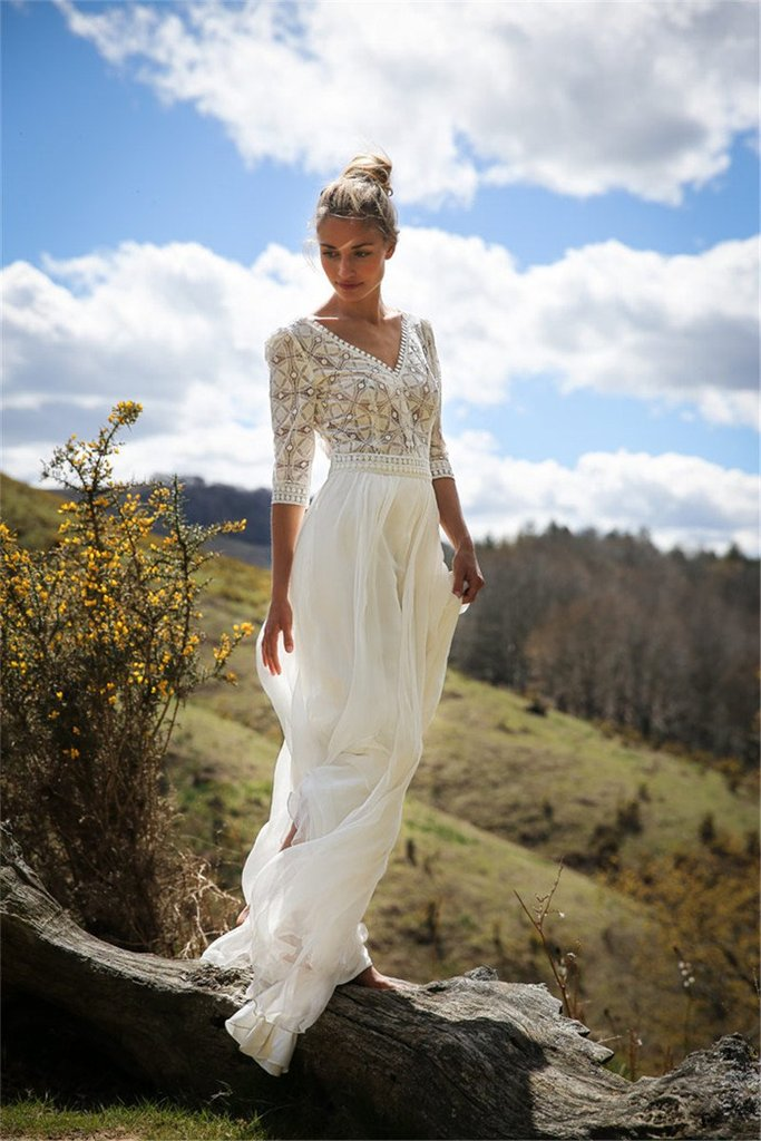 Dekorhea White Lace V-Neck Half Sleeve Maxi Dress