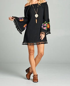 BLACK OFF-SHOULDER DRESS/TUNIC WITH EMBRIODERY ON SLEEVE