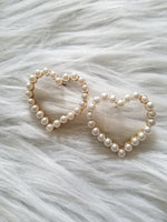 Load image into Gallery viewer, Heart Pearl Earrings