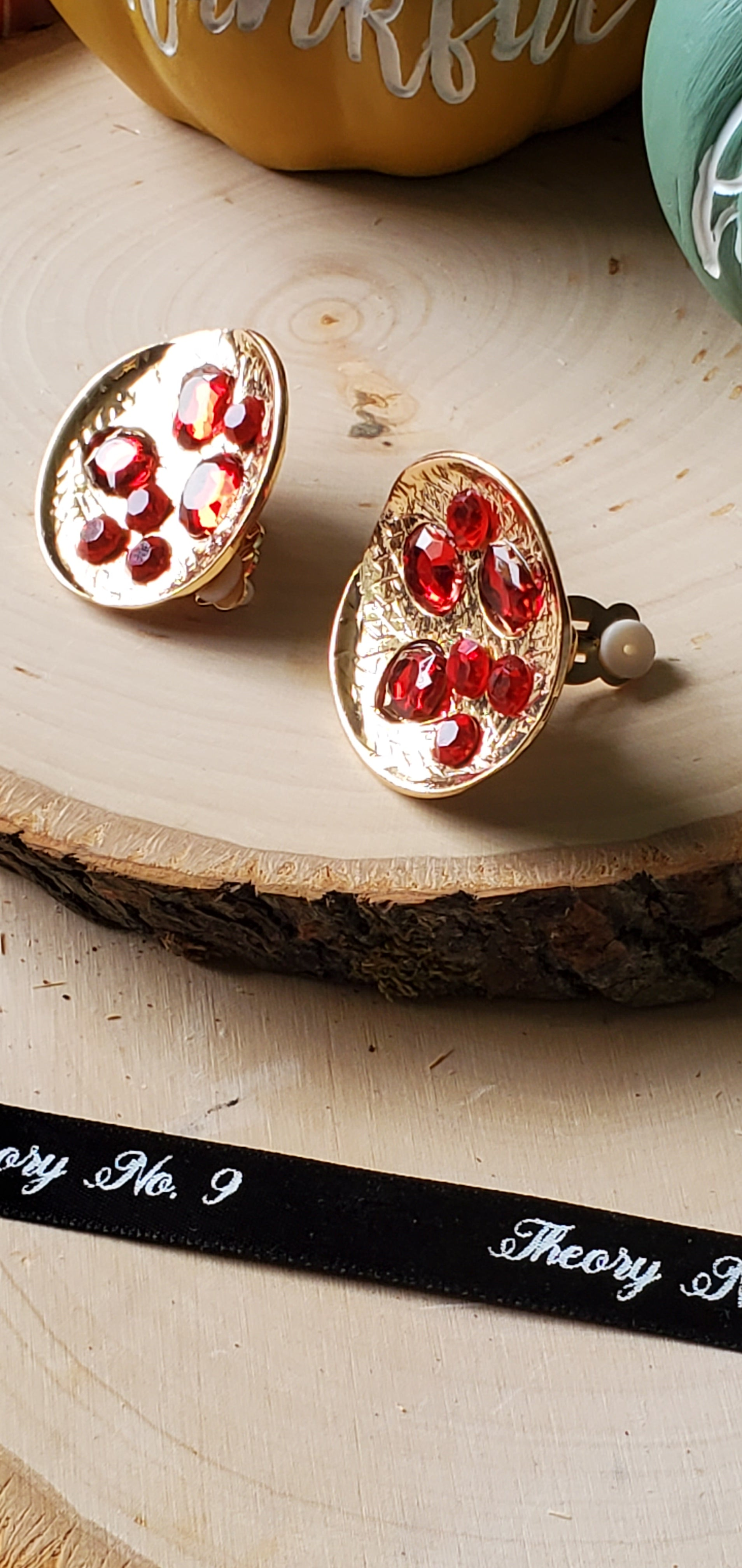 Mel Red Round Clip-On Earrings