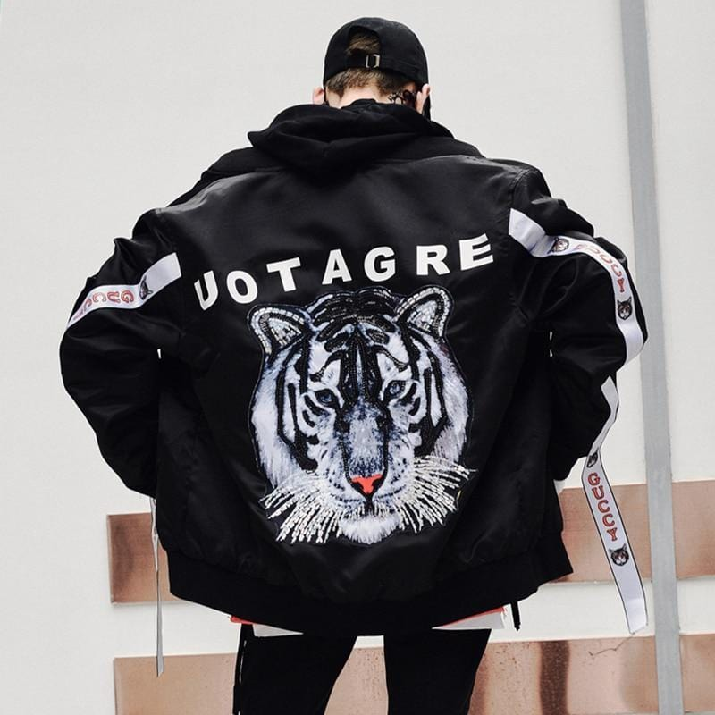 """Howaitotaigā"" White Tiger Jacket"