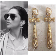 Load image into Gallery viewer, Vintage Bamboo Shaped Tassel Earrings