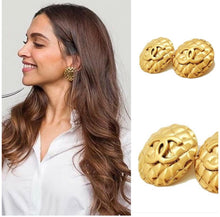 Load image into Gallery viewer, Vintage Chanel CC Quilted Chunky Earrings