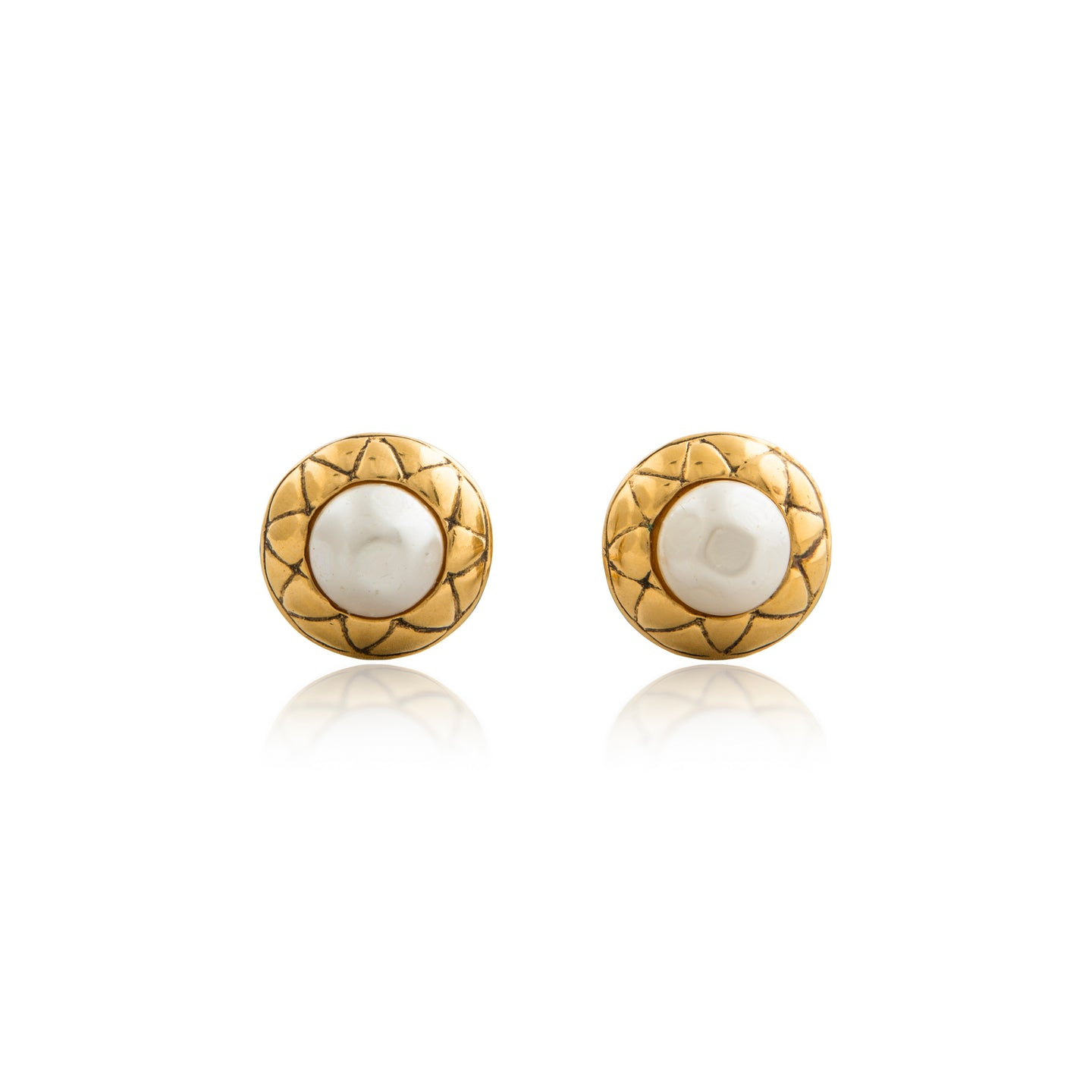 Vintage Chanel Pearl Quilted Earrings