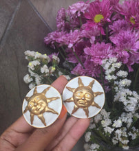 Load image into Gallery viewer, Vintage Sun White Enamel Round Earrings