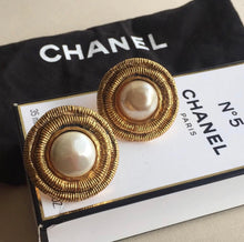 Load image into Gallery viewer, Vintage Chanel Rimmed Pearl Earrings