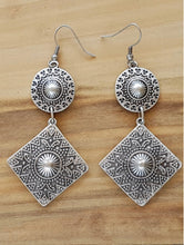 Load image into Gallery viewer, Manyas Earrings