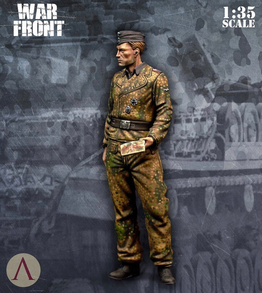 SCALE75 SW35001  SS TANKER OFFICER 1:35 Scale Resin