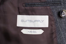 Load image into Gallery viewer, New Suitsupply Havana Gray Pinstripe 100% Wool Super 130s DB Suit - Size 40S