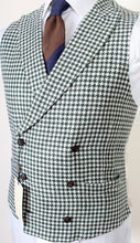 Load image into Gallery viewer, New Suitsupply PIERRE Green Houndstooth 100% Linen DB Waistcoat - Size 42R