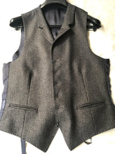 Load image into Gallery viewer, New Without Tags CAPETOWN Brown Houndstooth 100% Wool Waistcoat- Size 38R