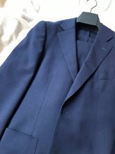 Load image into Gallery viewer, Used SUITSUPPLY Navy Blue Traveller 100% Wool Suit - Size 36R (38R Pants)