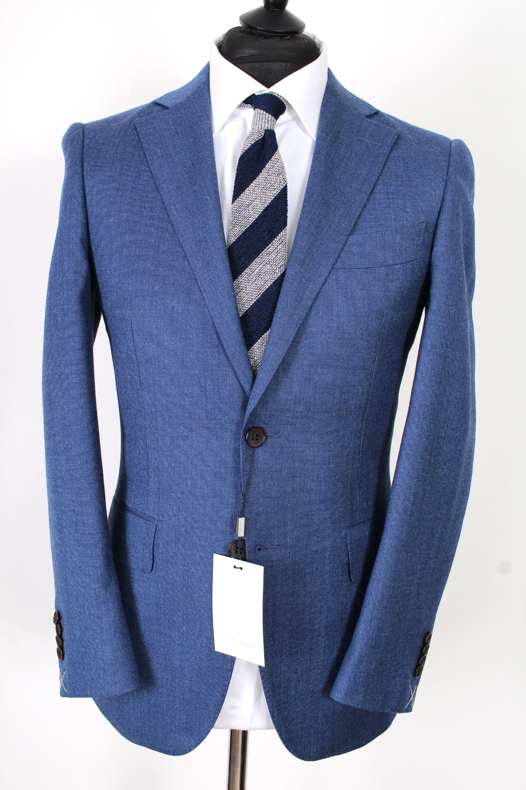 New Suitsupply Lazio  Blue Plain 100% Wool Suit - Size 36R, 38R, 40R and 44R (Low Price)