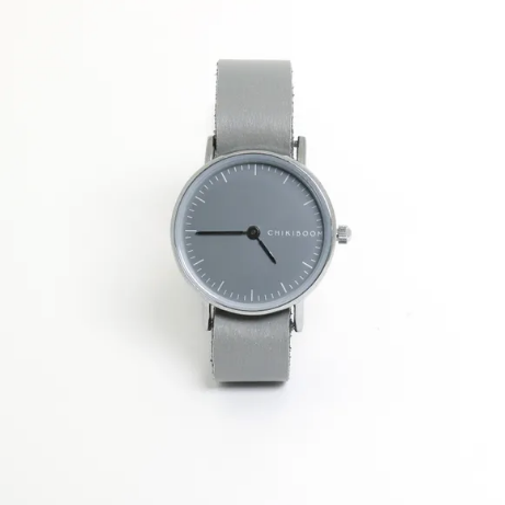 MONTRE SIMPLE EN CUIR - GRIS ET GRIS