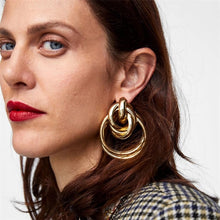 Gwen Oversized Swirl Into Me Earrings - Shop Realign