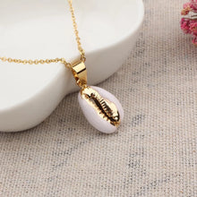 Goldie Shell Necklace - Shop Realign