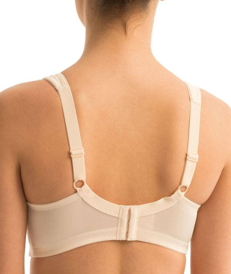 Triumph Endless Comfort Soft Cup Bra - Fresh Powder - Front