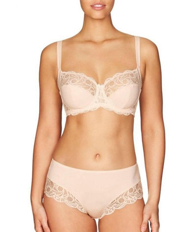 Fayreform Lace Perfect Underwire Bra - Pink Champagne - Model - Front