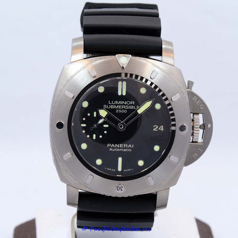 Panerai Luminor Submersible PAM00364