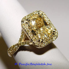 18K Yellow Gold Ladies Fancy Yellow Diamond Ring