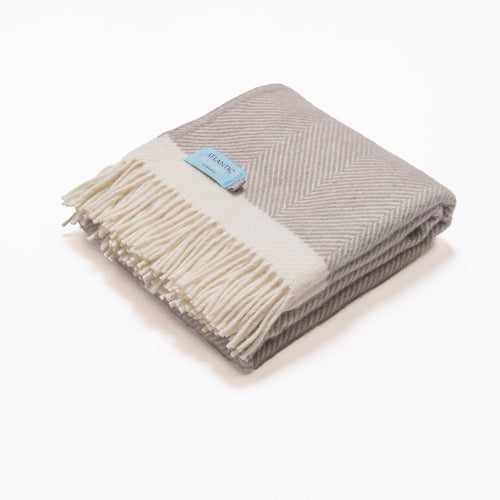 Harbour grey Herringbone wool blanket - double - Daisy Park