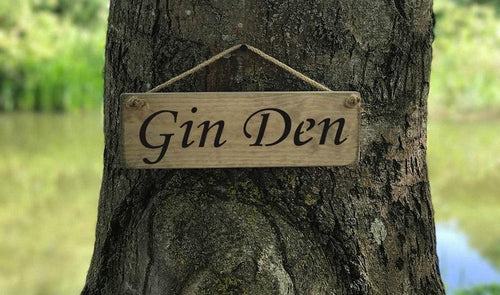 Gin Den small wooden sign