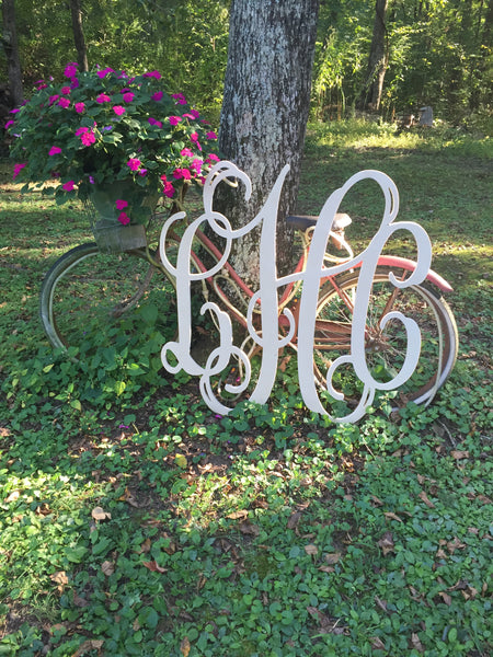 Classic Vine Three Letter Monogram in Wood
