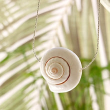 Load image into Gallery viewer, Ariel Shell Necklace