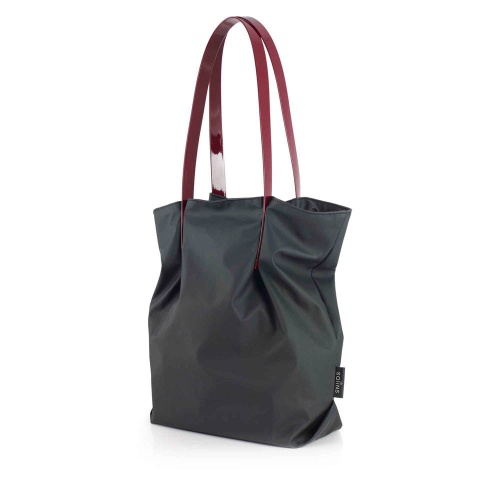 Black Rubber Shopper with Maroon Glossy Straps