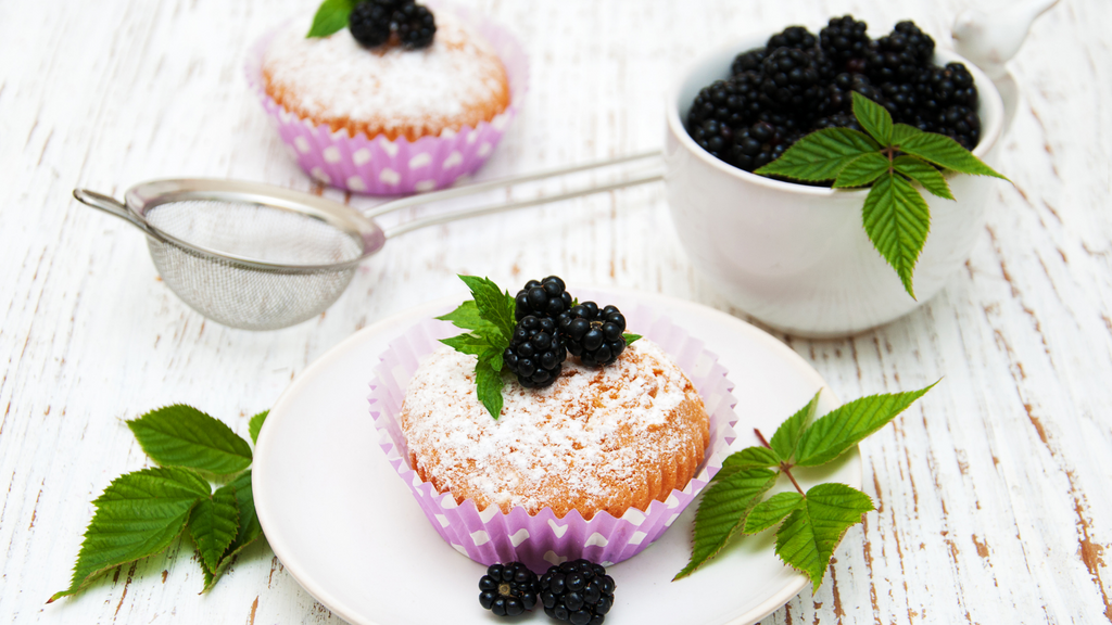 Apple Blackcurrant Muffins