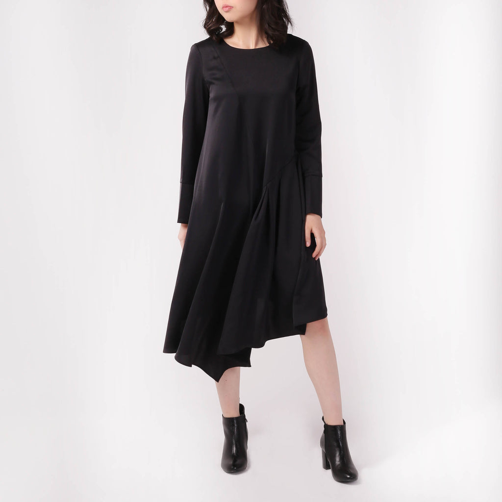 Asymmetric Black Dress - izzzo