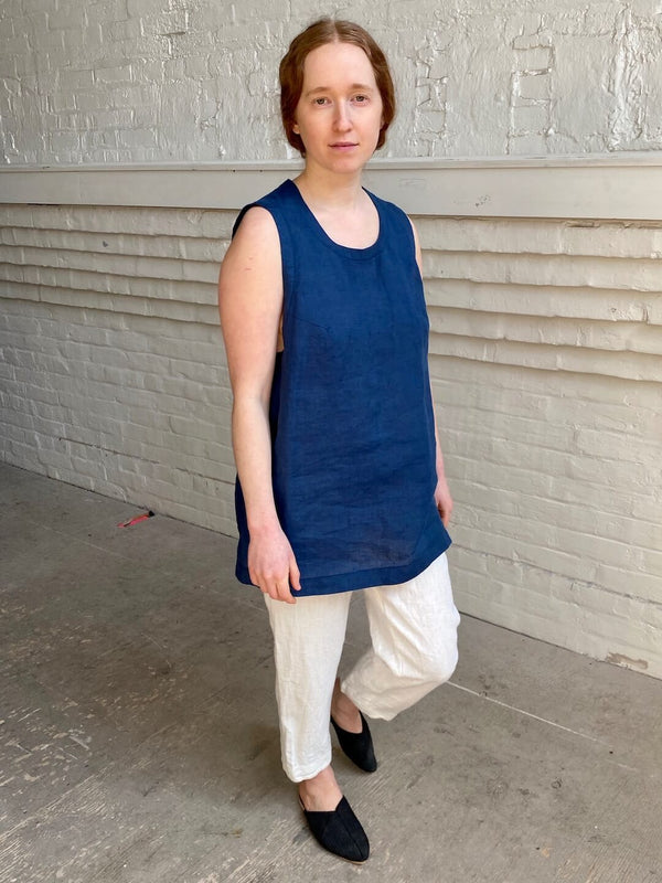 hoi bo blue linen tank top. Made in Canada