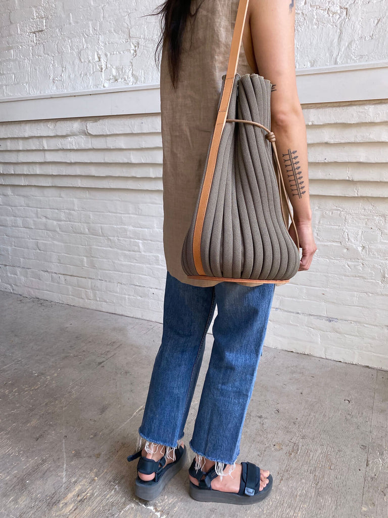 Exhale Supernova Tote - Antelope/Natural